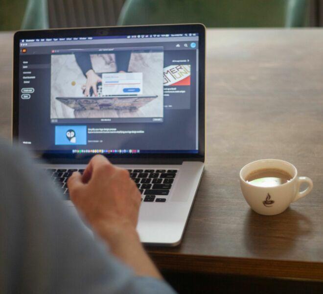02.08.2020 Web designer Branding shooting - Visual Agency